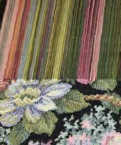 ここにしかない織機から生まれる絵画のようなゴブラン織